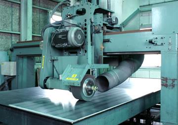厚板研磨機