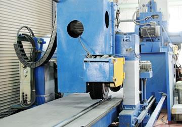 パイプ・形鋼研磨機
